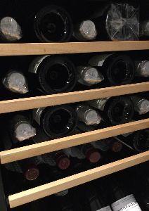 7261 - マツダ(株) 昭和デンコを大底でナンピンしてるから ワインが増えるいっぽうだわ。  買ったのがアドバンテストだった