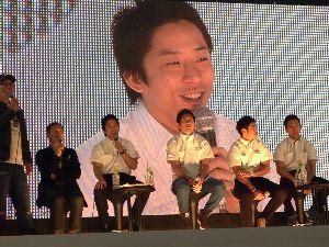 フォーミュラ・ニッポンを語り合いましょう お久しぶりです 伊沢拓也のGP2参戦が決まりました  名門チームからの出走となります  年齢は30歳