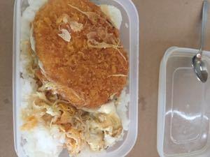株の大勝会(会員制) すき焼きのタレでコロッケ煮 美味しいです!!!!