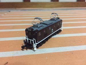 鉄道模型(N)を始めました♪ うちのノーパワーなSLのアシスト役… ↓
