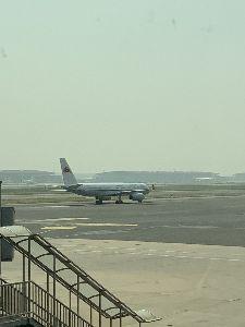8411 - (株)みずほフィナンシャルグループ おろっ  希少  高麗航空 北朝鮮  到着なう