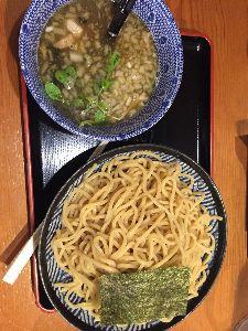 空いた時間に… マリさん🎵 こんにちは⛅️ ランチの時間です🍜 今日は、塩海鮮つけ麺でした。 何食べましたか?  雨