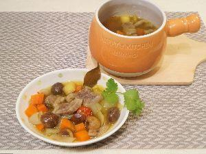 変かもしれないけど美味しい料理 [ コーカサス風壺スープ ]  アゼルバイジャンの壺スープを手近にある材料でそれなりに作ってみました