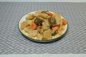 変かもしれないけど美味しい料理 [ マレー風ピクルス ]  Acarは古くからマレーシア周辺に住み着いた華人パラナカンのピクルス;野