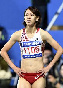 女子短距離走は何故ヘソ出しが主流なのか? もう一つは200メートルの画像です。