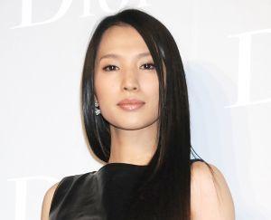 9132 - 第一中央汽船(株) 9月14日午前に、女優 芦名 星(享年36歳)が、自宅で亡くなりました(首吊り)。  ご冥福をお祈り