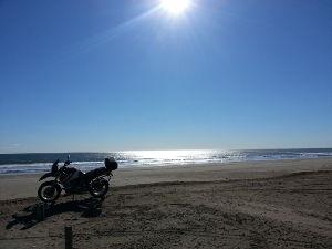 平日ツーリング あけましておめでとうございます 今年も宜しくお願い致します  オイラの走り初めは九十九里浜でした♪