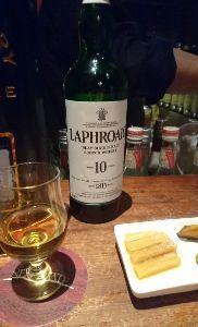 関東での出会い お酒なら焼酎かウイスキーが好きです。 ウイスキーはアイラモルトが別格に大好き。 車もほぼほぼ毎日運転