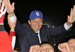 """弱いドラゴンズ     """"四球癖""""が治らない。29日、横浜DeNAに敗れ今季2度目の3連敗を"""