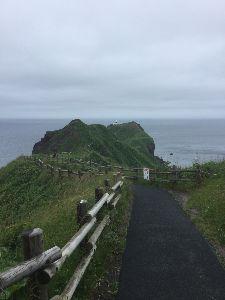耶馬渓MC倶楽部(やばけいMCくらぶ) 平成最後の北海道ツーリングレポート、岬その2 神威岬、3度目ですが今回もこの写真の遊歩道の手前までし