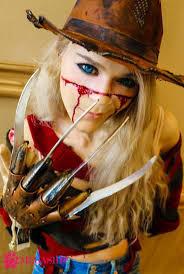 よろず屋談話室。 私は冥界の世界に居ますが私の鈎爪が人間の血を欲しがっています(超プレミアム欲求不満) 誰か私の鈎爪で