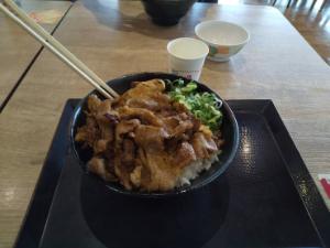 そうは思わない 写真置き場。今週月曜の肉のヤマキ。 昨日は…カッパ寿司…。 優待カード、