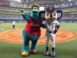 中日ドラゴンズ 最高っ! 洋平子さん、みな様、おはようございます(*^▽^*)  お久しぶりですm(__)m  今年いっぱいで