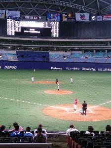 社会人野球東海地区あれこれ 第30回JRグループ硬式野球大会   1ヶ所のみ開けられている出入口のガラス扉に『関係者のみのイベン