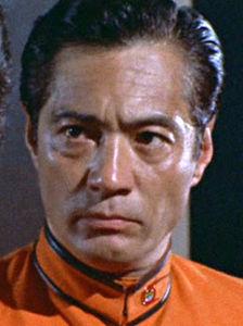 芸能人の名前で しりとり 根上 淳(ねがみ じゅん) 俳優。 身長171cm。1950年代より大映で菅原謙次と人気を二分し、活