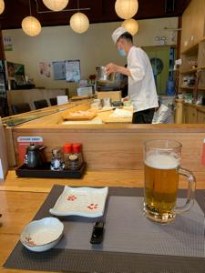 9N311091 - コモンズ30ファンド こんにちは! 誰も居ない寿司屋でお任せ握りと生ビール。あぁー東京戒厳令。