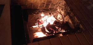4712 - (株)KeyHolder 俺が作った暖炉もあるんやでw