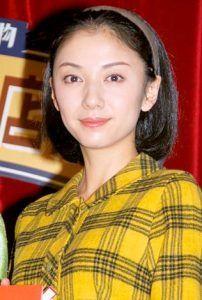 新・新・新・有名人の名前でしりとり 国分佐智子  日本の女優、タレント。 夫は2代目林家三平