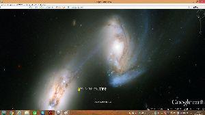 宇宙のひもを発見! おおきな渦巻き。 なんらかの天体現象かな