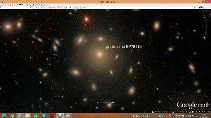 宇宙のひもを発見! たくさんの銀河?らしきもの