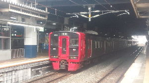†九州の鉄道を応援しよう† 鹿児島本線の門司~黒崎間の工場地帯の車窓がなんとも言えませんね・・・