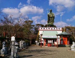 宮崎をドライブ 延岡市 今山神社  こんな有名な所に行かずじまいでおりました。 ちょっと時間があったので、仕事仲間に