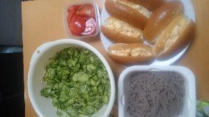 (・ω・;)(;・ω・)愛いずこ な、な、なぎさん  こんばんは・・・  ちまちま、自炊品  ・きうり、酢物  ・卵サンド  ・ざるそ