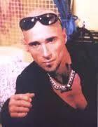 新 有名人の名前で しりとり ウォーレン ククルロ   イギリスのロックバンド  デュラン・デュランに在籍