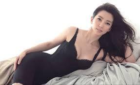 新 有名人の名前で しりとり リー・ビンビン(李冰冰)  中華人民共和国の女優。