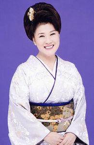 新 有名人の名前で しりとり 川中美幸  大阪府出身の演歌歌手。