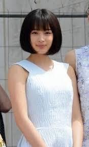 新 有名人の名前で しりとり 広瀬 すず  日本のファッションモデル、女優。