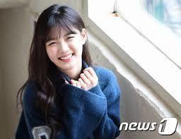 新 有名人の名前で しりとり キム ユジョン  韓国の女優 →また「ひ」でどうぞ(笑)