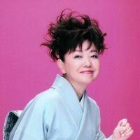 新 有名人の名前で しりとり 都 はるみ  京都府京都市出身の演歌歌手。 在日韓国人を父親に持つ。