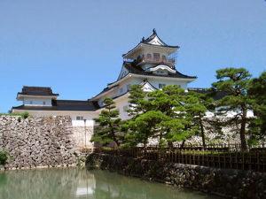 ソロツーの好きな、女性ライダー 富山市郷士博物館(富山城)です(^_^)  富山も、素敵な街ですね(^_^)