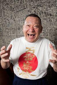 勝っても負けてもスワローズ命。 小川監督、気合だ~気合だ~気合だ~気合だ~気合だ~