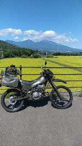 ★スーパーシェルパ★ 今月は何かとバタバタ・・・。 信州の限界集落に行って以降、バイクはご近所偵察程度しか乗ってないなー。