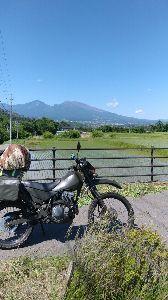 ★スーパーシェルパ★ 9日の金曜日から信州の限界集落に行って来ました。 毎度の事ですが別荘周りの草刈と、経年劣化でボロボロ