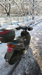 ★スーパーシェルパ★ 当地も4年振りの大雪。 昨日は徹夜明け作業も終わり、バイクで帰ろうか迷っていたが・・・・ 同僚には「