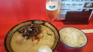 """未年乙女座バツイチ男の独り言。 昨夜は〆にラーメン食べました❤  じっとしてられない鉄砲玉です(>_<"""")💦("""