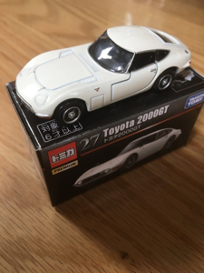 7867 - (株)タカラトミー トヨタ2000GTトミカで買いましたが結構良いできですね
