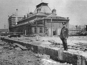 70歳代のバソコン 戦時中の鉄の不足からか、大阪駅は戦中戦後にかけて、永い間、半分出来かけで鉄骨がむき出しになっていまし