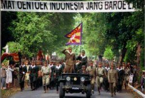 チョーセンパチンコ屋にしゃぶりつく政治家ども!! 日本軍が降伏後、1945年8月17日、スカルノとハッタは独立宣言を行い、18日にはインドネシア共和国