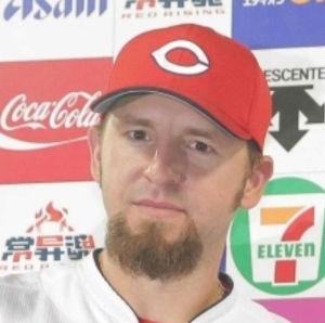 2017年10月24日(火) 広島 vs DeNA 5回戦 エルドレッドがライトルを抜き球団史上最長の外国人7年目在籍へ  もういらない選手だと思うよ  来年は