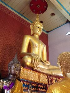 素敵な恋をしてみたい! こちらこそ、よろしく!  私は1957生まれです。  現在バンコクに駐在しています。