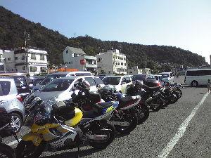 50代のバイク乗りの方へ 誰もきませんね。 10月13日日曜日 に 小豆島に行ってきました。 ドライブインながさわに集合。 エ