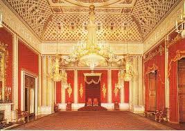 3656 - KLab(株) ちなみに三ヶ月に一度開かれる舞踏会用のお部屋はこう。