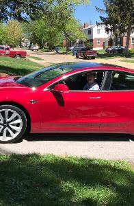 TSLA - テスラ 今日受け取りました、8年以上待った#Tesla 。ありがとう @elonmusk そしてTeslaチ