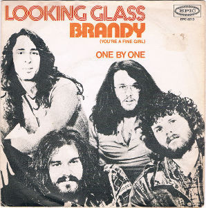 ...Across The Fence 【Looking Glass】  Brandy (You're A Fine Girl)