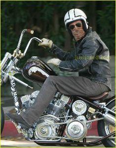 いつまでバイクで走り続けられるか・・・ 完成すると、こんな感じで乗るのかな?ww