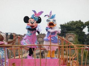 「東京ディズニーリゾート」について語ろう 報告が遅くなりましたが 四月のディズニーは寒かったです(≧ω≦)  35周年のワールドバ